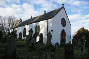 Kilfinan - the church of St Finan in its graveyard.