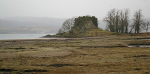 Old Castle Lachlan, abandoned after goverment warships shelled it in 1746, was the medieval seat of Clan Lachlan lords.